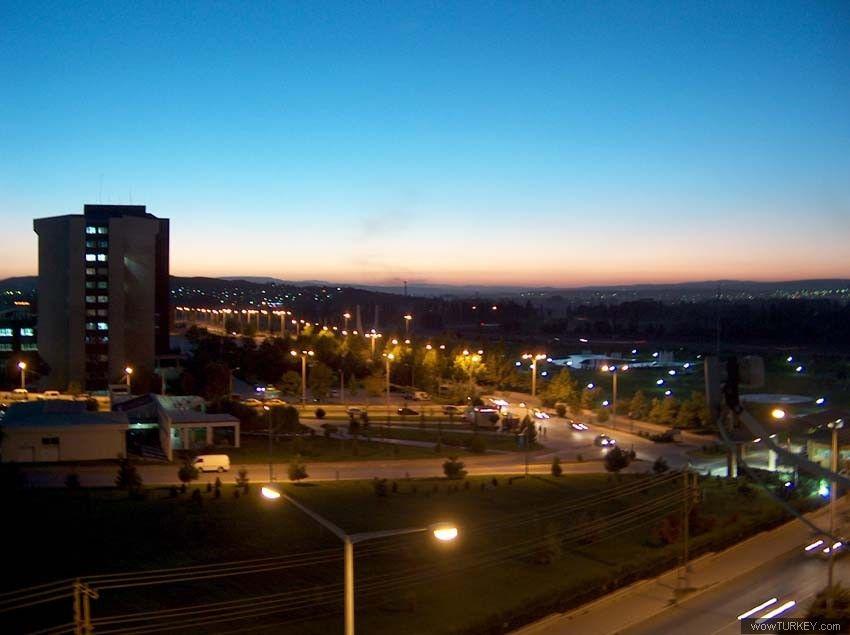 Eskişehir Osmangazi Üniversitesi - Kampüsten gece görünüm