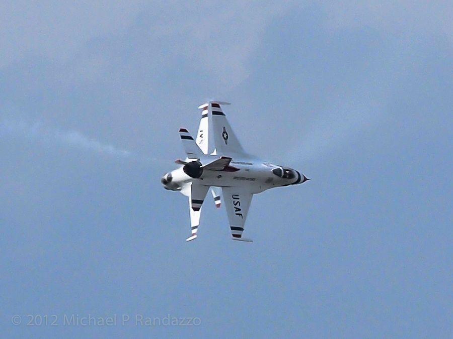 Sissors USAF Thunderbirds by Michael Randazzo, via 500px