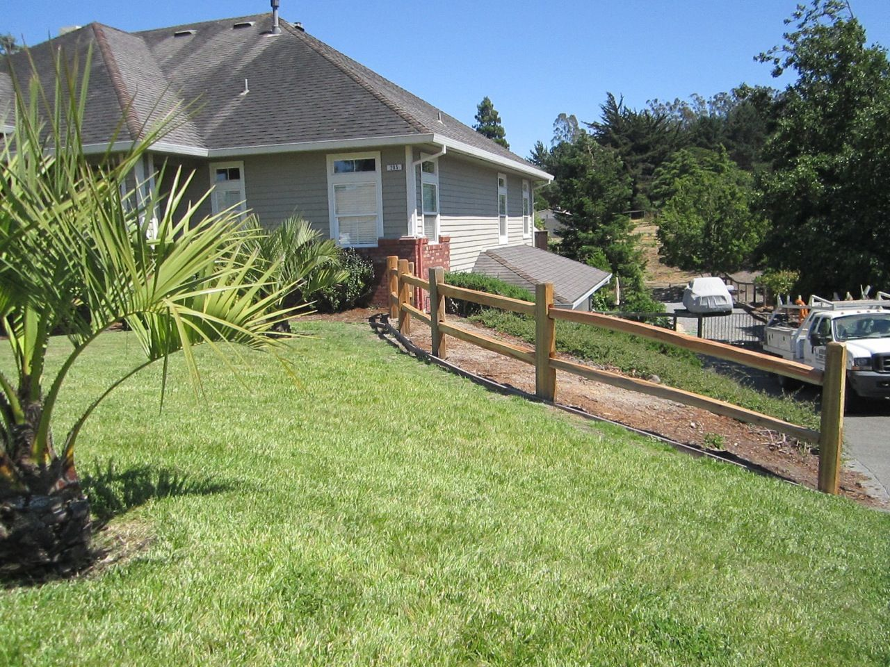 2 Rail Split Rail Fence Is A Perfect Yard Divider Outdoor