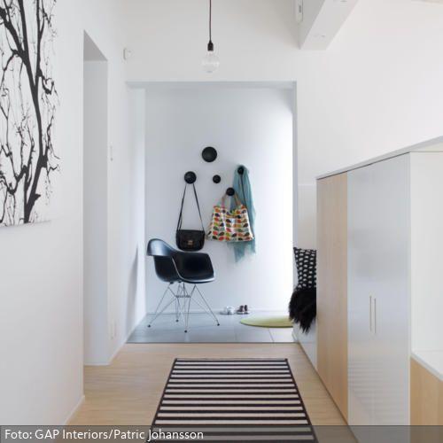 Wohnideen Vorraum vorraum schwarz weiß und helles holz vorraum flure