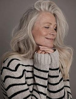 Love her gray hair....