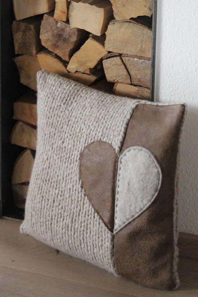 kissen deko herziges pinterest kissen n hen und handarbeiten. Black Bedroom Furniture Sets. Home Design Ideas