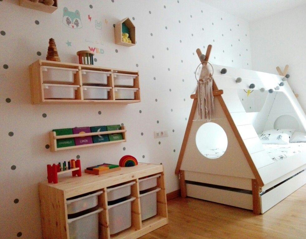habitacion infantil cama tipi y trofast ikea chambre ad le chambre montessori chambre. Black Bedroom Furniture Sets. Home Design Ideas