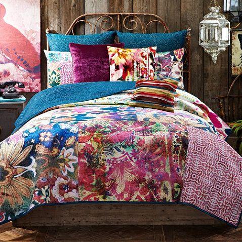 Tracy Porter® Poetic Wanderlust® Leandre Reversible Quilt - BedBathandBeyond.com