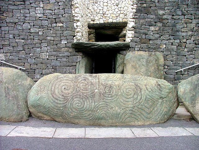 Carved Stone Newgrange Tomb Ireland Ireland Pictures Ireland Stone