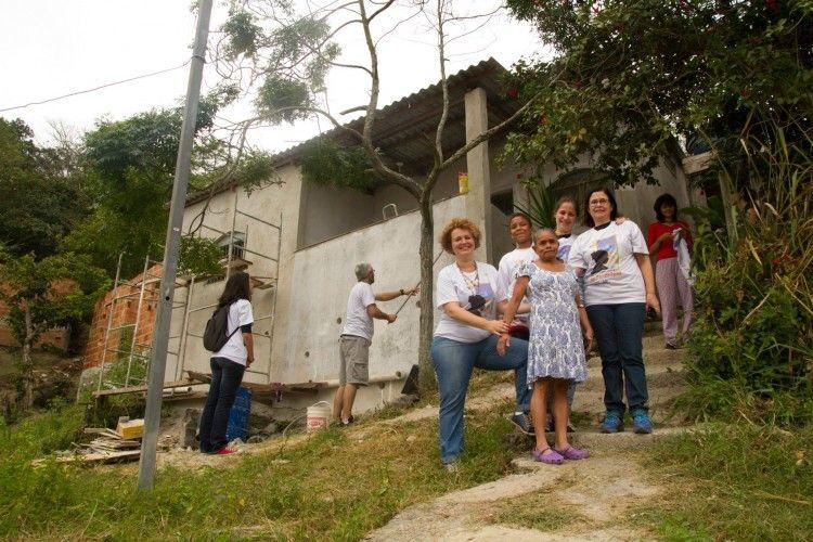 arquitetura como instrumento de capacitação e transformação social:  inspire-se com o projeto Arquiteto de Família, que oferece serviços de construção e reforma solidária no Morro Vital Brasil ♥ http://bit.ly/ArqFa