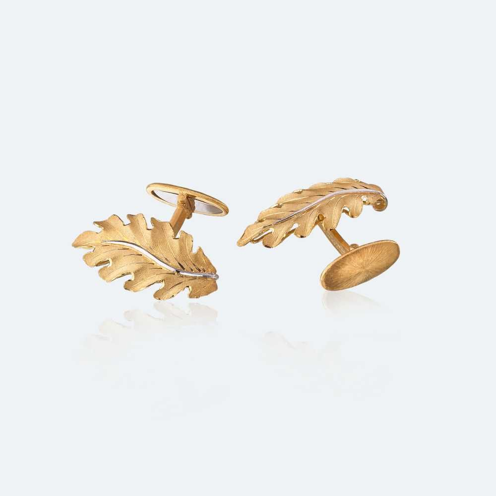 Buccellati cufflinks in yellow gold.  https://www.facebook.com/pages/Diamond-Dream-Fine-Jewelers/ https://plus.google.com/+DiamondDreamFineJewelersBernardsville https://twitter.com/diamond_dream_ https://www.instagram.com/diamonddreamjewelers/