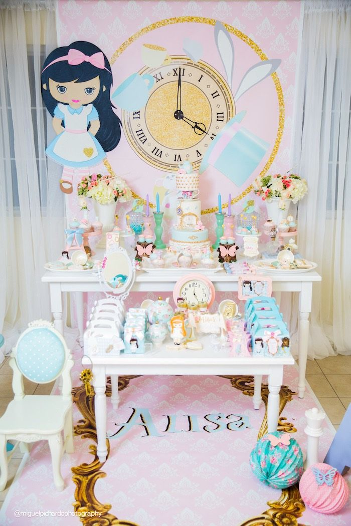 Pastel Glam Alice in Wonderland Birthday Party