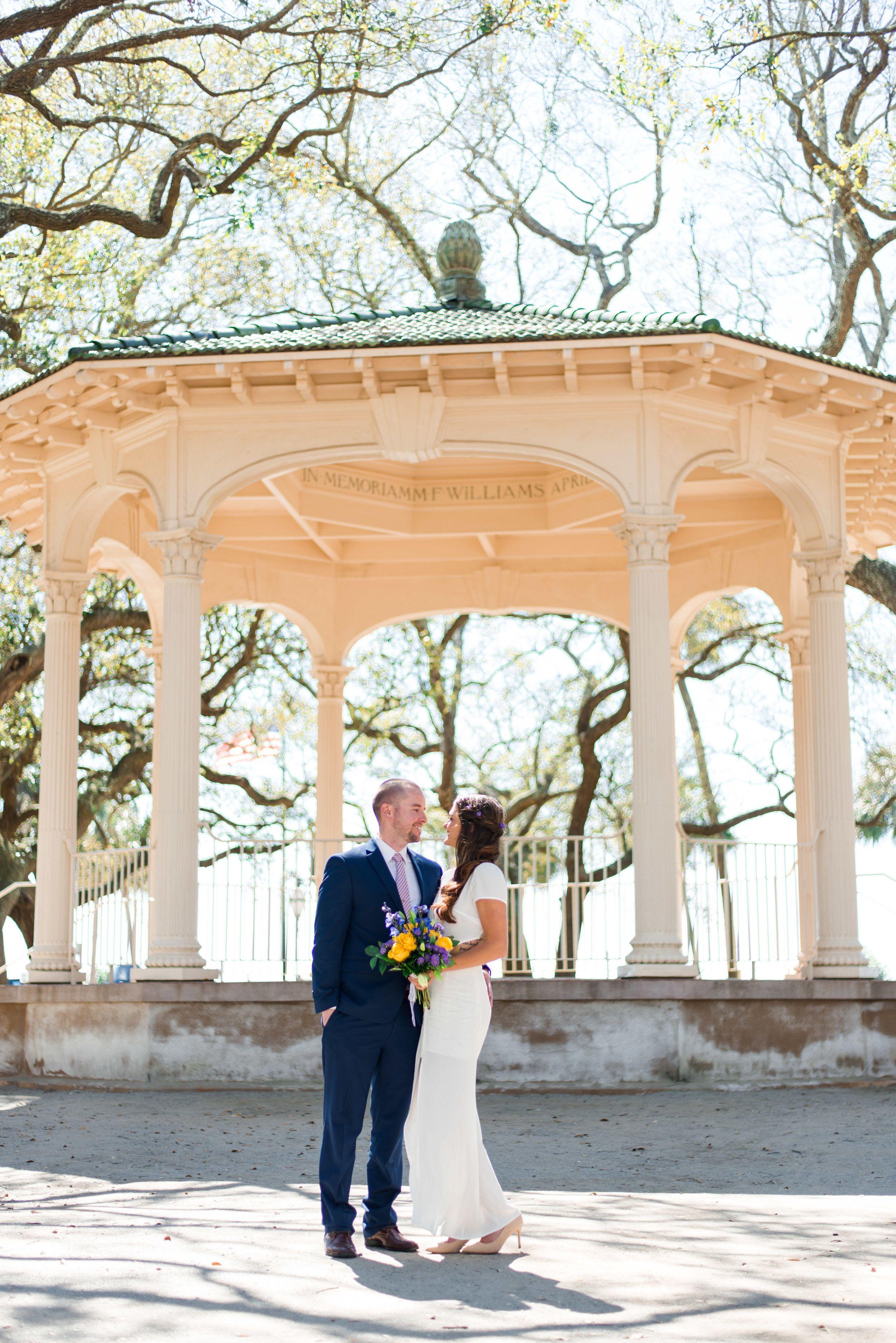 Spring Elopement In Charleston Alex Trey Savannah Wedding Venue Charleston Wedding Venues Charleston Sc Wedding Venues