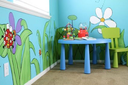 Animals and Plants Wall Murals and Cool Table and Chair in Preschool