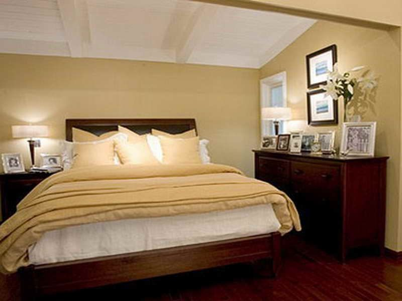 Selecting suitable small bedroom paint ideas designing for Matrimonial bedroom design