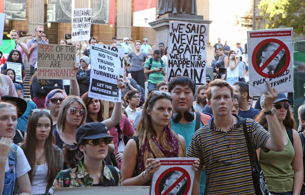 Protests held across Australia against Donald Trump's travel ban