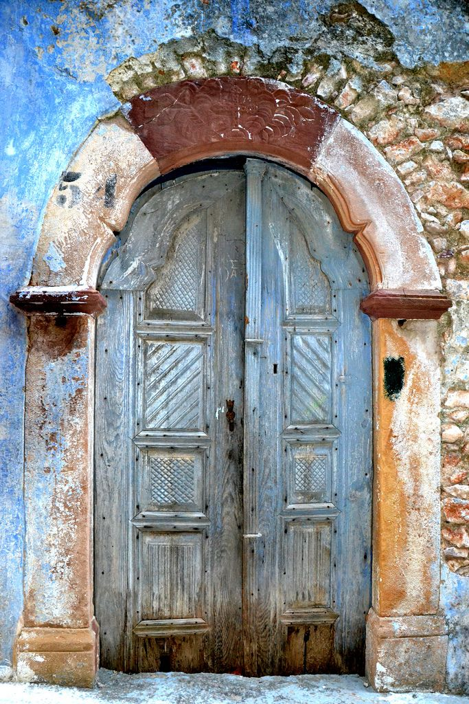 Blue door | Vessa, Chios, Greece