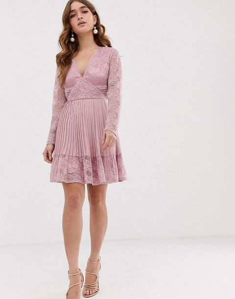 what to wear to a wedding guests petite