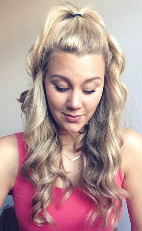 40 Easy And Chic Half Ponytails For Straight Wavy And Curly Hair Half Ponytail Half Pony Hairstyles Curly Hair Styles
