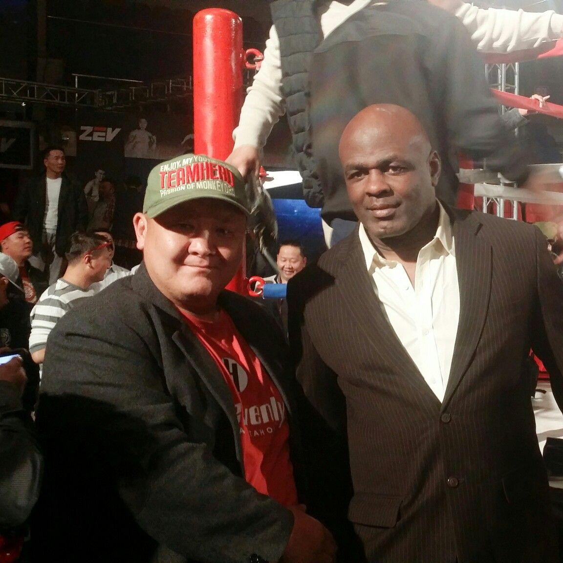 przystępna cena Nowe zdjęcia ekskluzywny asortyment With Great champion Ernesto Hoost.2014 WKO World Heavyweight ...