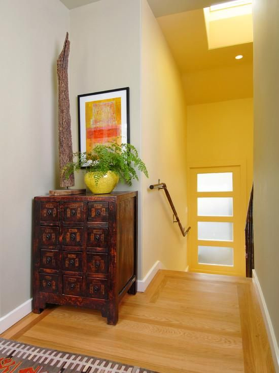 Entryway Design Ideas - want a chest like this | Antiques ...