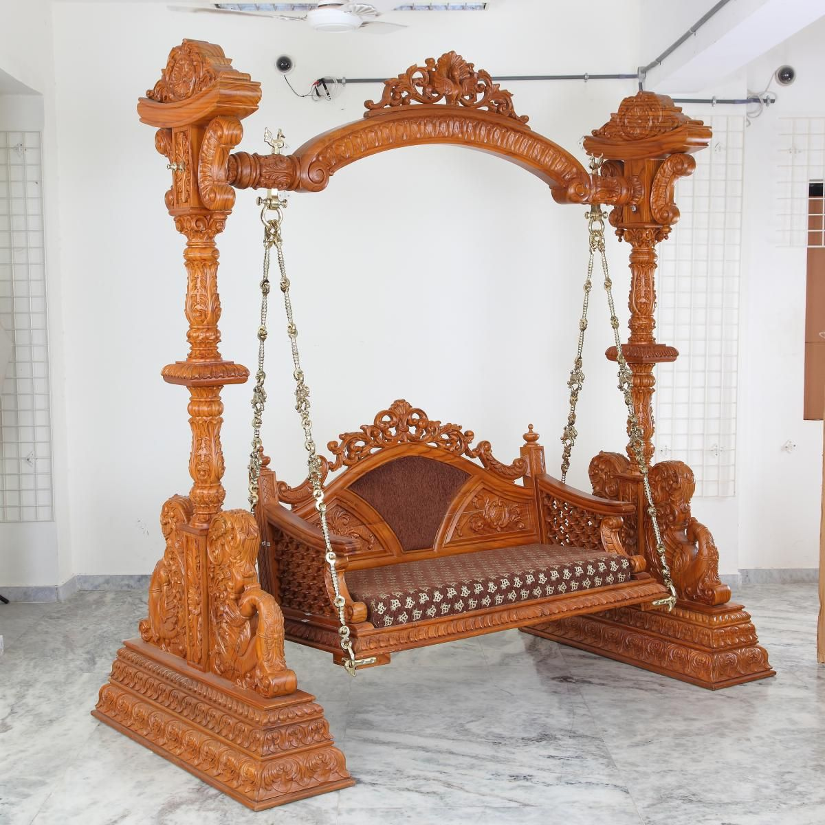 Wooden handcrafted two seater indoor swing for sale l 88 for Living room jhula
