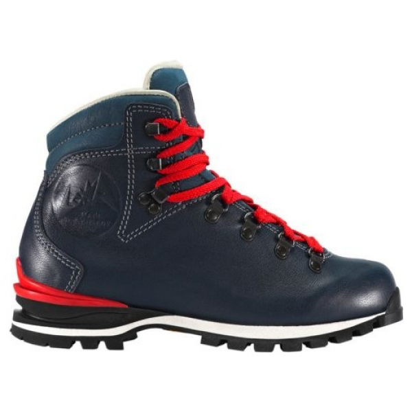 The New Wendelstein Ws Boot Blends Traditional Stylish Design With Tried And Trusted Shoemaking Craftsmanship And Modern Innova Boots Women Shoes Hiking Boots