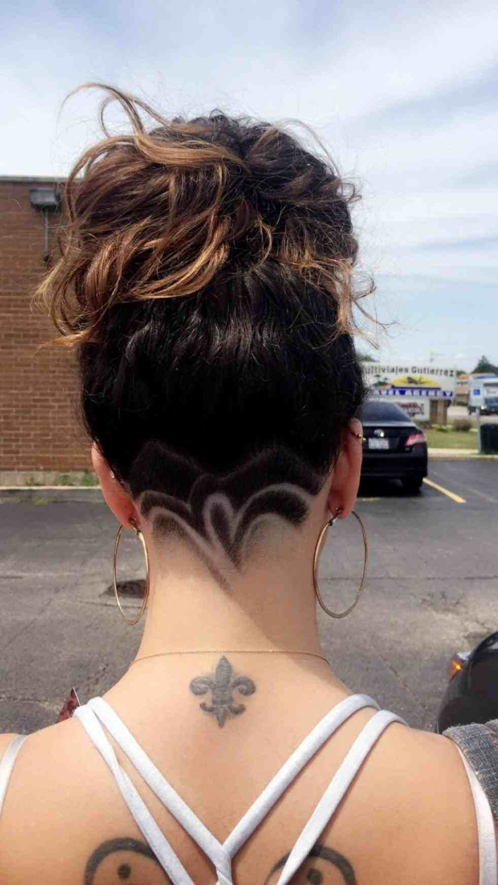 haircut lines designs back of head