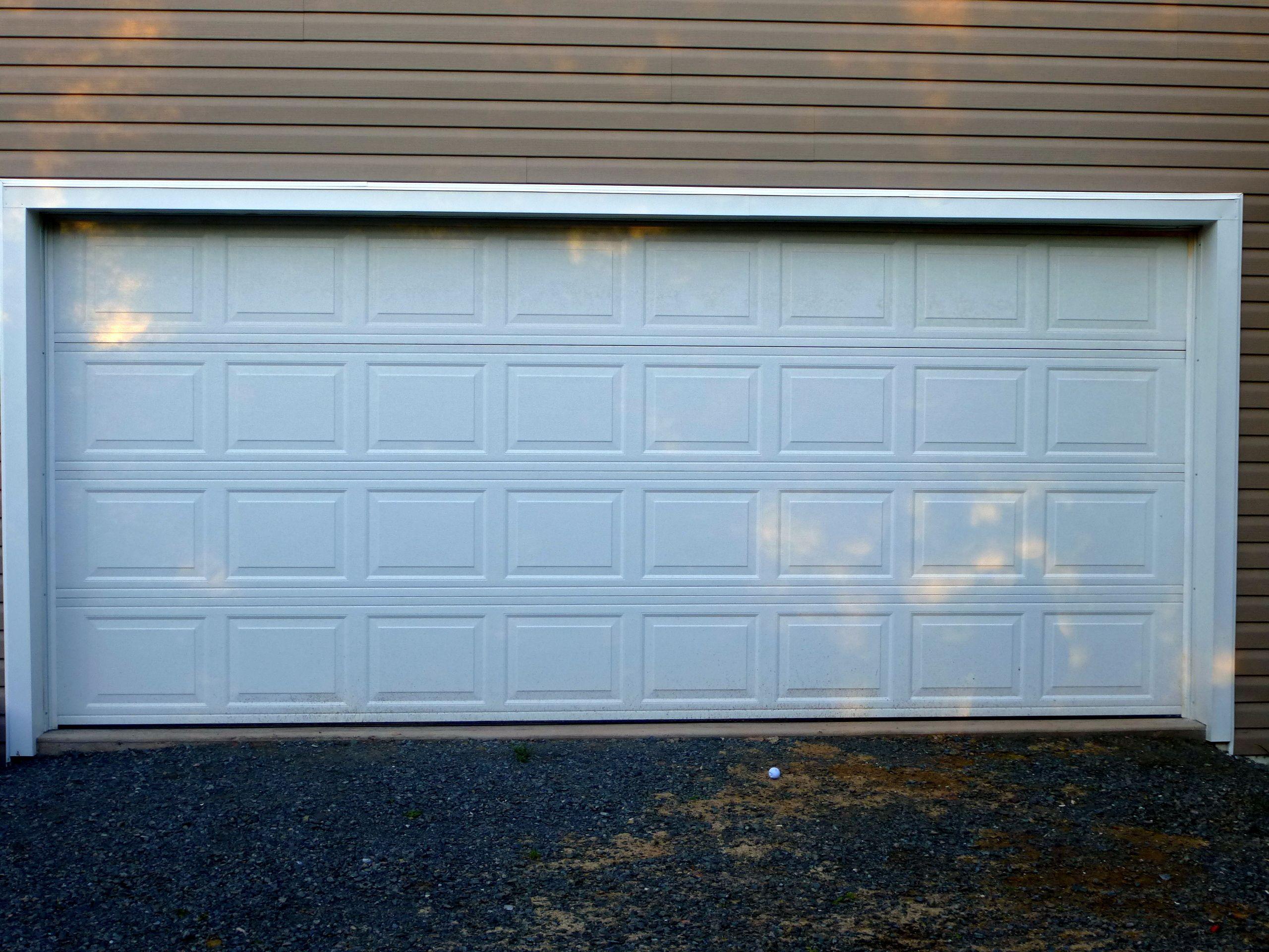 Wayne Dalton Garage Door 8300  16 x 7 White Classic