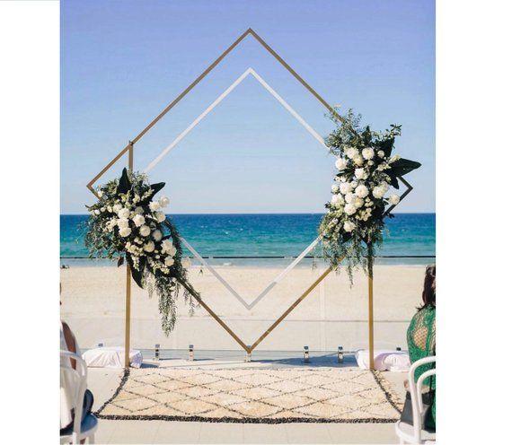 NEU Hochzeitstrend von 2019, Metallbogen Metal Rhomb Hochzeitsbogen für Hochzeiten Blumen Hochzeitsbogen Hochzeitsdekoration Blumenbogenzeremonie im Freien   – bodas