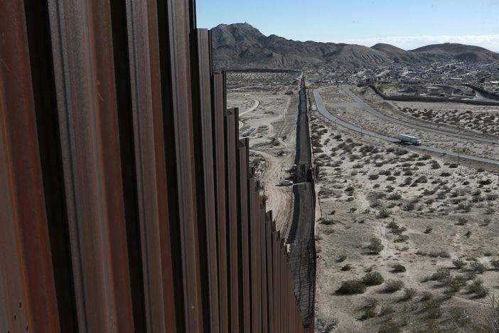Peña Nieto se vuelve a equivocar con Trump y el muro