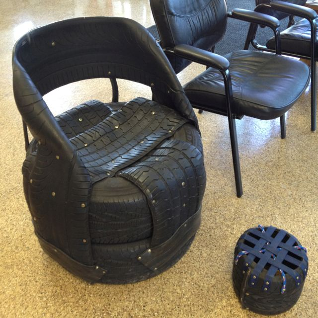 Chair made of tires at the tire shop tires rubbers etc reuse 100 diy furniture from car tires tire recycling do it yourself solutioingenieria Image collections