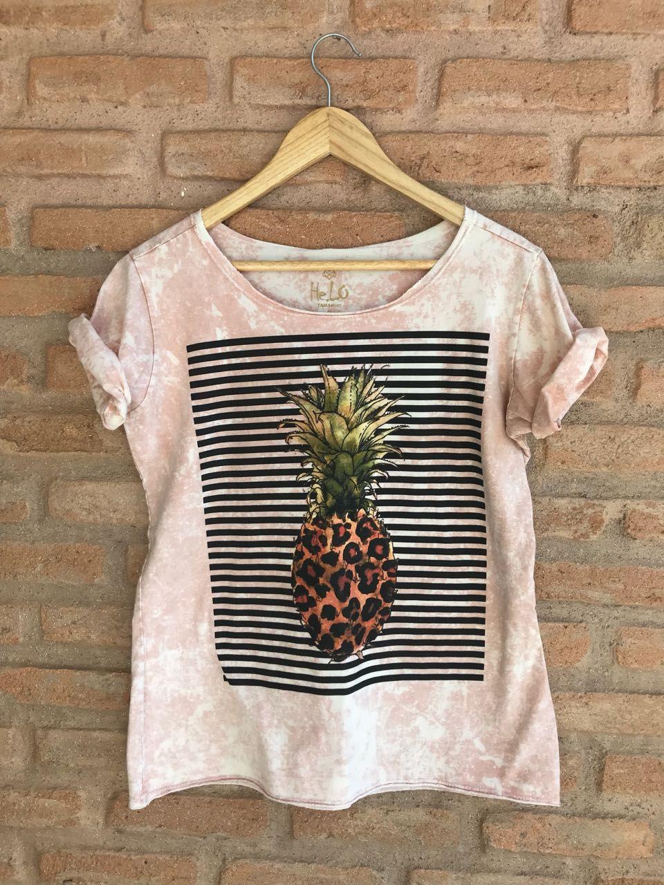 13ced932a T-shirt feminina descolada estampa de abacaxi exclusiva. R$59,90. Compre  pelo Mercado Livre.