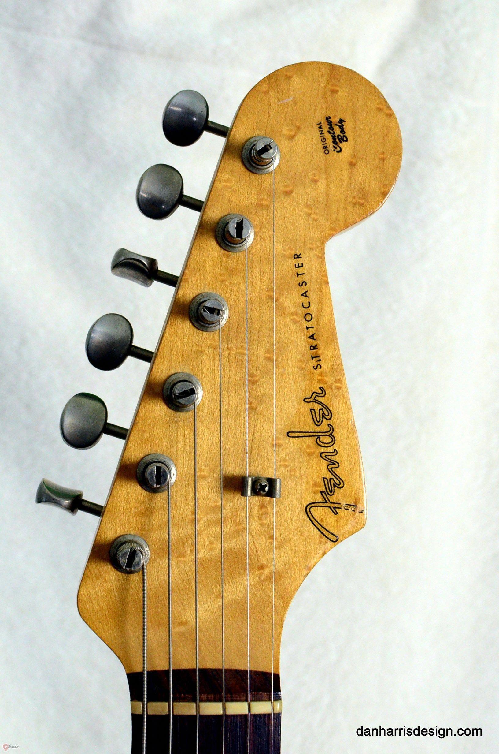 14 Awesome Fender Guitars Calendar 2019 Fender Guitar Wall Art Guitarsecret Guitarpedal Fenderguitars Fender Guitars Guitar Fender Stratocaster