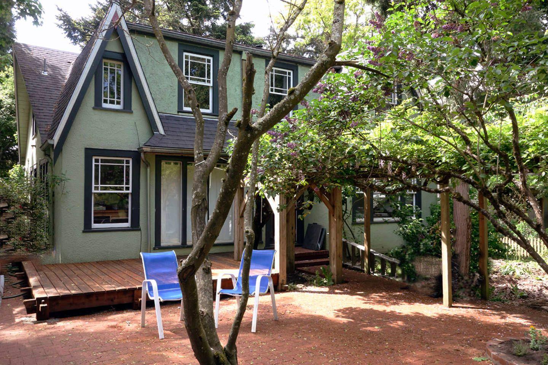 5 Bedroom Vintage 3 Blocks U Of O In Eugene Bedroom Vintage Renting A House Oregon Vacation