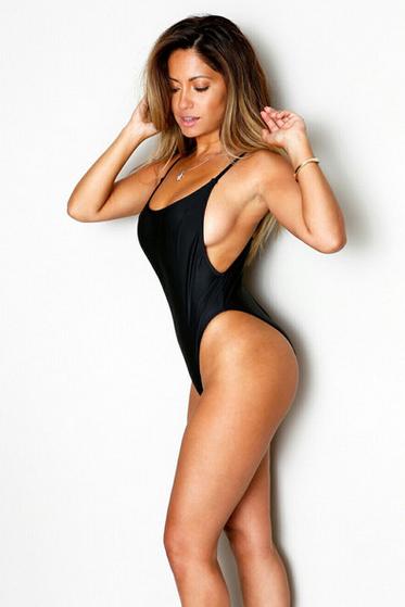 My hot sister nude pics