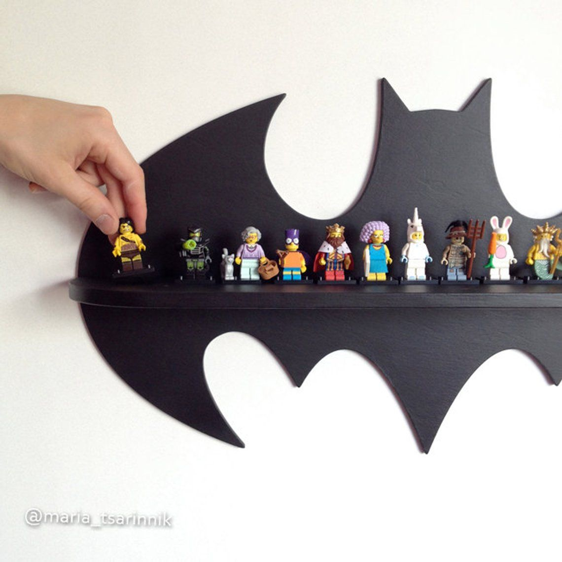 Holzregal Bat 24 In X 13 In In 2020 Batman Room Wooden Shelves Superhero Room
