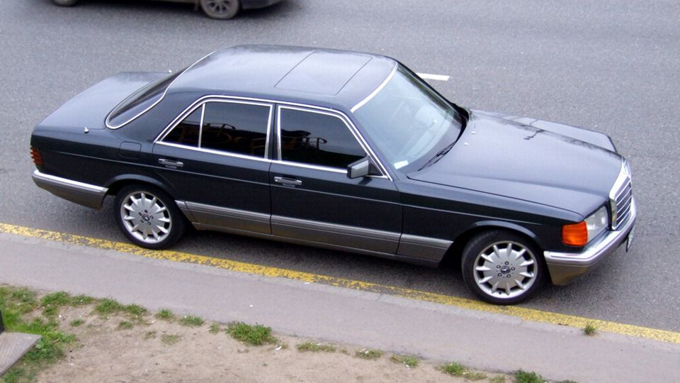 Mercedes w126 schwarz blau google zoeken w126 for Mercedes benz w126