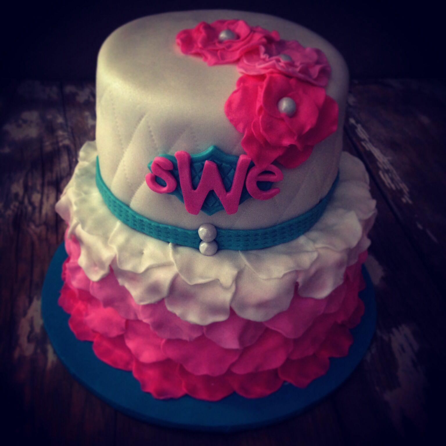 Boho chic cake