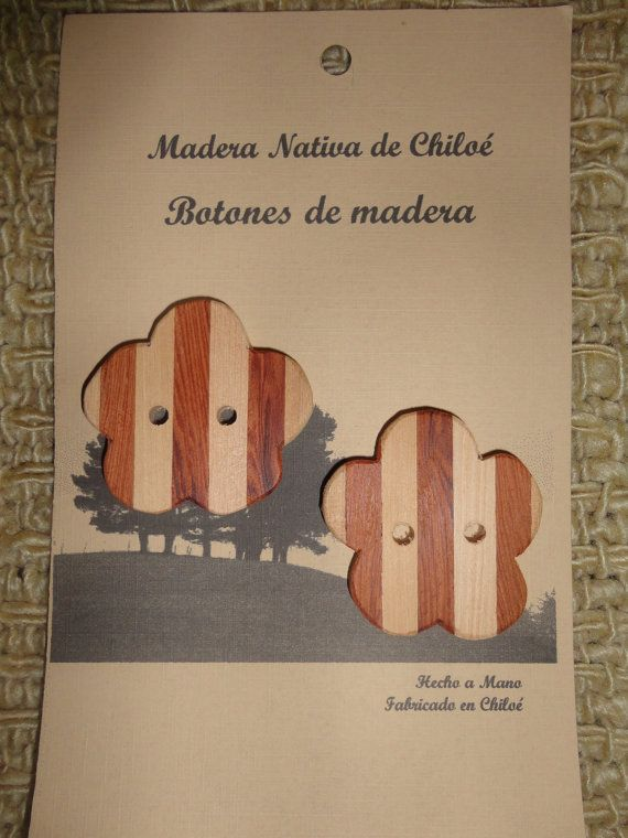 Boton Bicolor en Madera Nativa de Alerce y por ElEmporiodeSofia