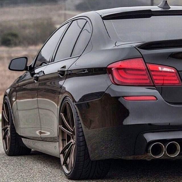BMW F10 / 5 Series /// M5