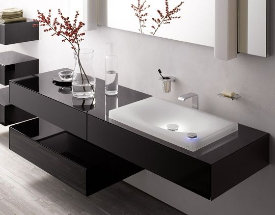 modernes badezimmer - lichteffekte am waschbecken von TOTO ... | {Moderne badezimmermöbel doppelwaschbecken 10}