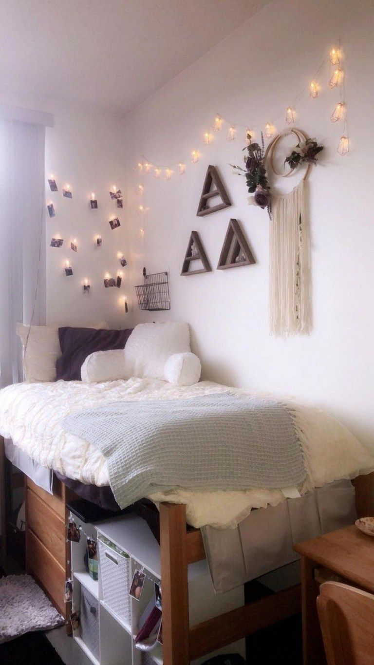 Awesome College Dorm Rooms: 82 Awesome College Bedroom Decor Ideas And Remodel 59