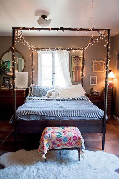 Add white lights to a canopy bed. Look how pretty this looks! | Fox ...