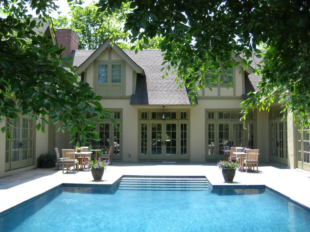Booking Com Bed And Breakfast The Baker House 1650 East Hampton Usa 12 Guest Reviews Book Your Hotel Now In 2020 House Bungalow Home