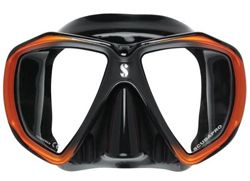 Check out this list of the 10 best scuba masks on the market for 2016. Use the best fitting mask to exponentially increase your enjoyment of your next dive! See the underwater world with new eyes! http://www.scubadivingdreams.com/scuba-gear-reviews/scuba-diving-masks-reviews/top-10-scuba-masks/