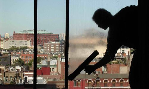 Window Cleaning In Seattle Window Cleaning Services Window Cleaner Commercial Cleaning