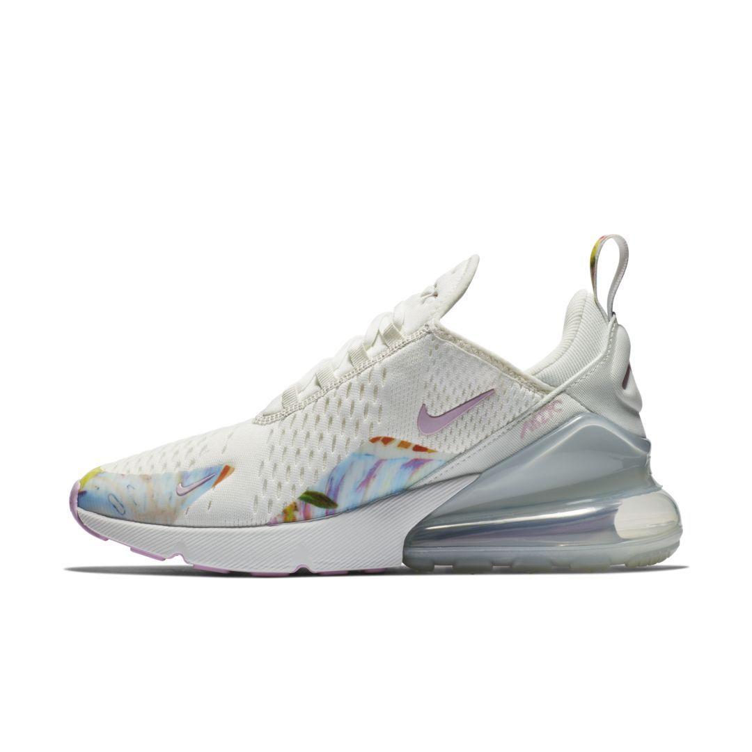 hot sale online 9dc51 c205c Nike Air Max 270 Premium Women s Shoe Size 6 (Summit White)