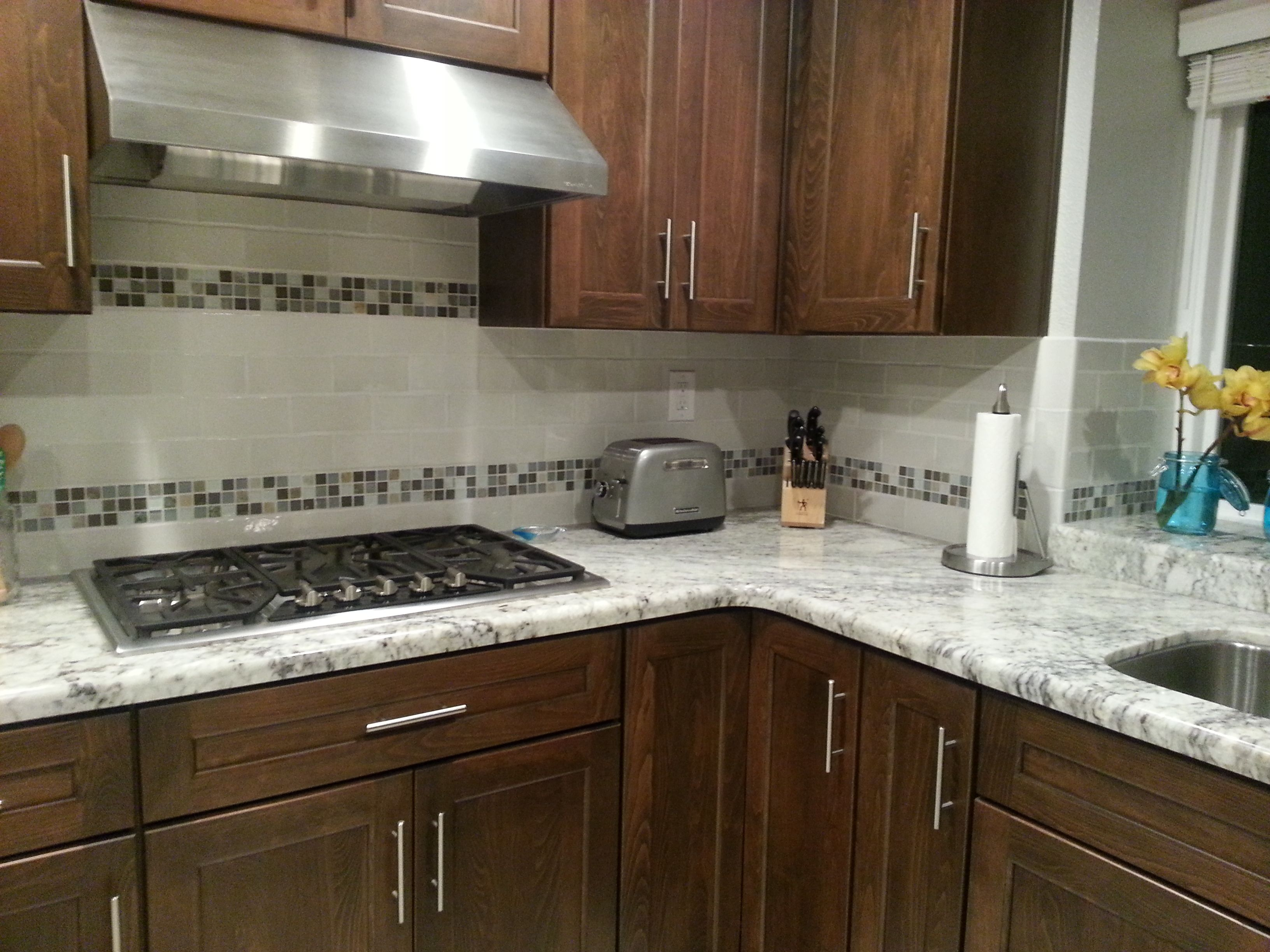 Countertops And Backsplash Combinations Gr770p African Rainbow Granite Kitchen With Ken Mason 3x6 Subway