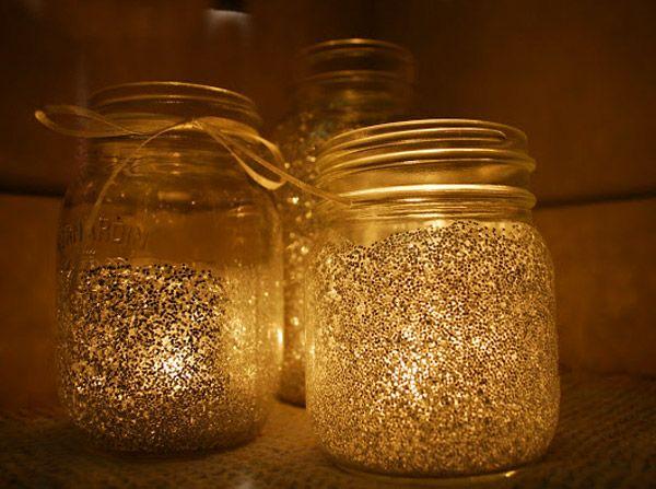 Diy mason jar christmas candle holders using glitter for Crafts using mason jars