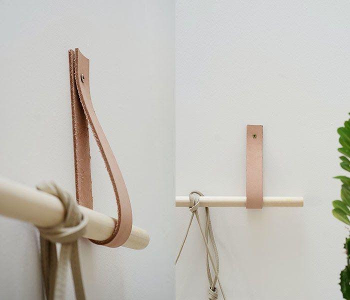 Originales percheros con cuero y barras de madera - Handbox  d303f15efc35