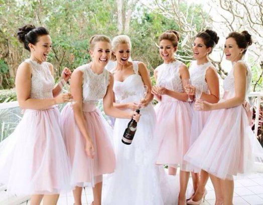 2fb2fa8c149 Robe De Festa Curto jolie Pale rose court dentelle robes De mariée avec des  écharpes sans manches une ligne De demoiselle d honneur robes ASABM10