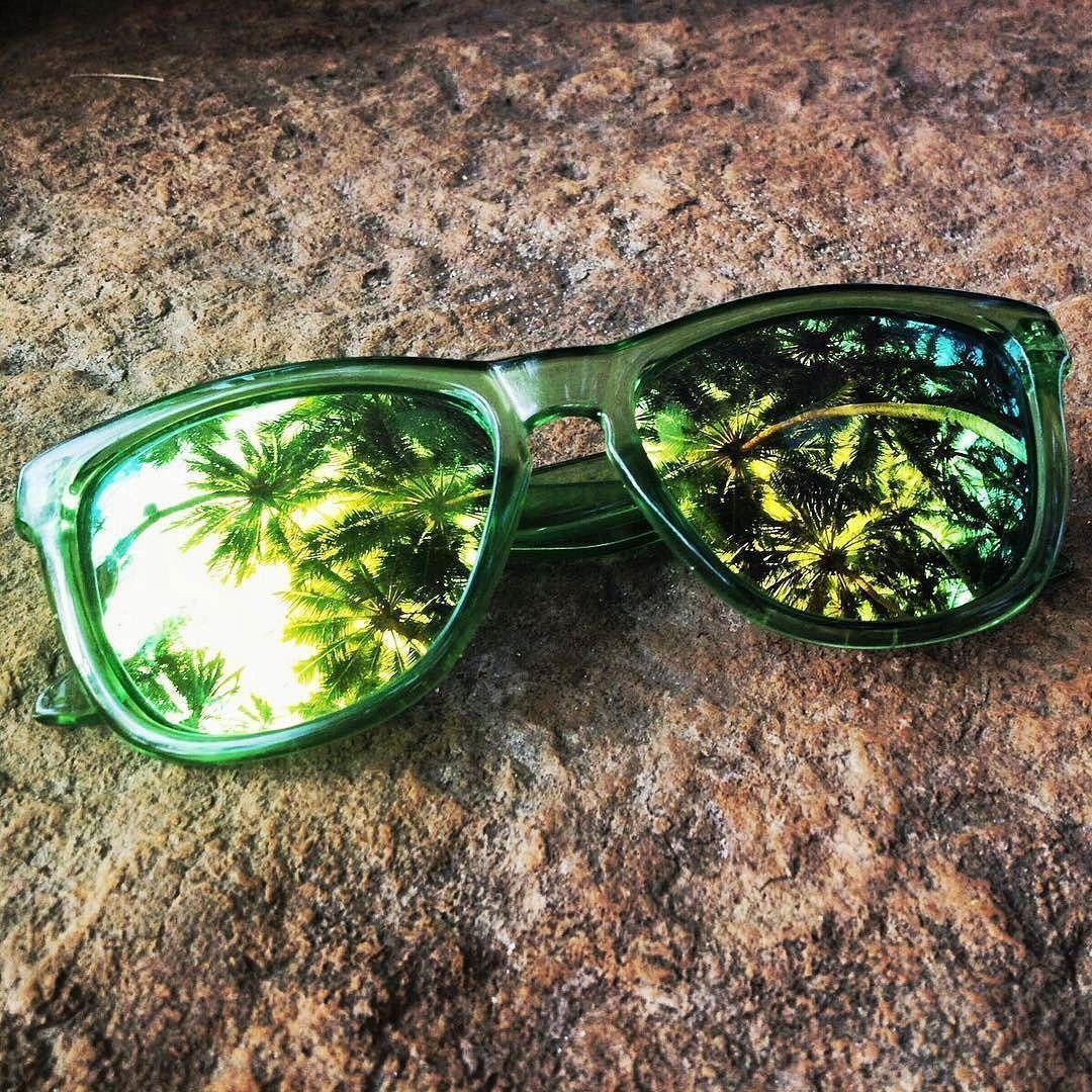 Stop Drop Shop Ksa On Instagram نظارات ريو الخضرا من ماركة كاميليونز عدسة عاكسة وتحمي من اشعة الشمس فوق البنفسجية Instagram Posts Instagram Shopping