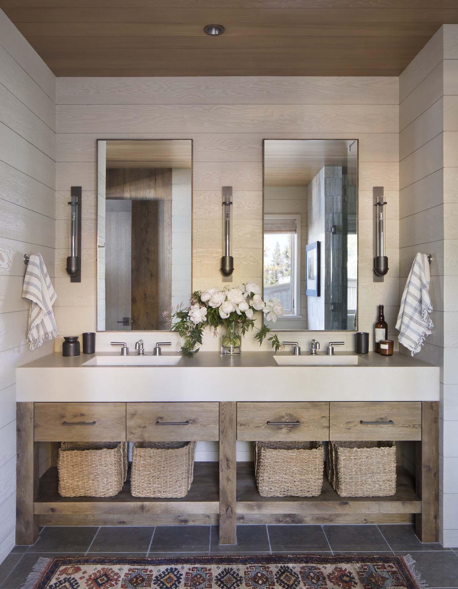 Rustic Lake Houses House Bathroom, Lake Cabin Bathroom Decorating Ideas